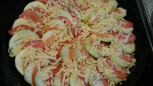 Запеканка из кабачков, помидоров и сыра, ингредиенты, приготовление, шаг 3
