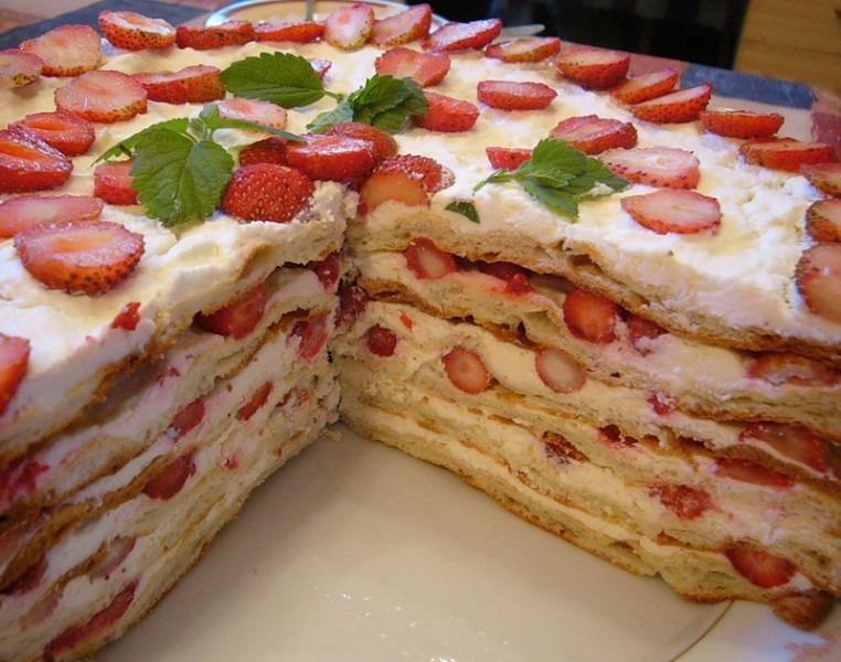 "Торт ""Клубниконе"" рецепт"