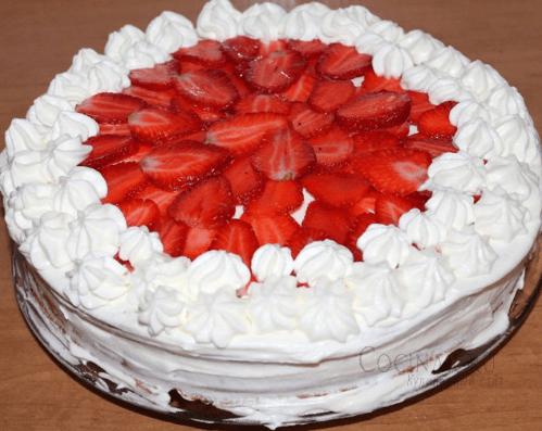 Желейный торт со сметаной и бисквитом