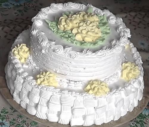 Как испечь двухъярусный торт