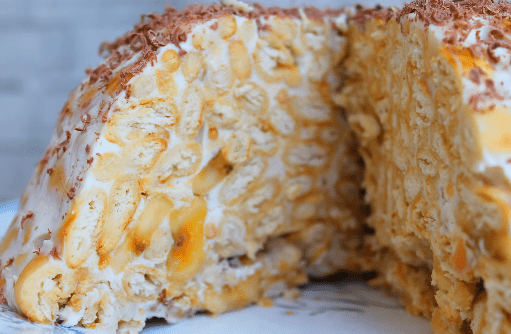 Торт из печенья «Рыбки» без выпечки