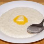Вкусная молочная рисовая каша в кастрюле
