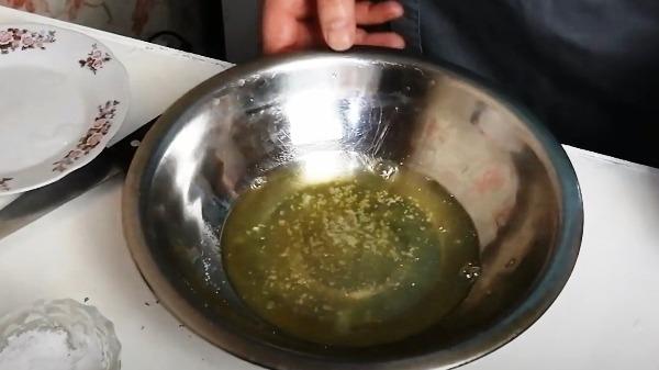omlet-bez-moloka-na-skovorode2