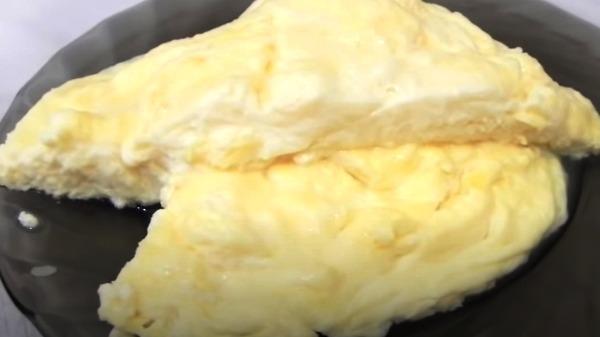 omlet-iz-yaic-v-mikrovolnovke8