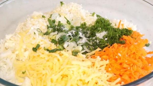 omlet-s-cvetnoj-kapustoj-na-skovorode1