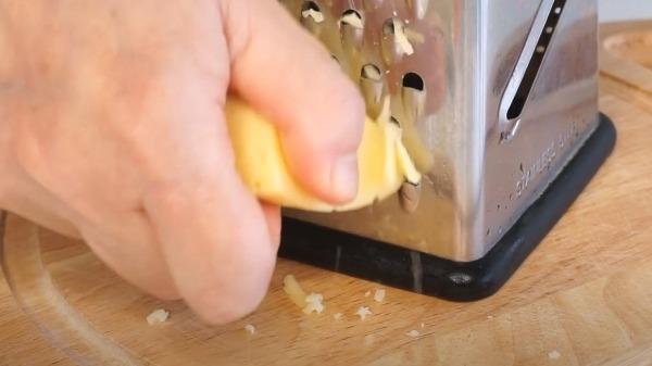 omlet-s-cvetnoj-kapustoj-na-skovorode3