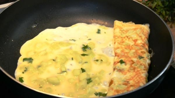 omlet-s-ogurcom7