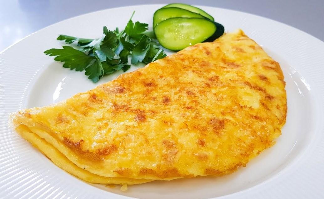 омлет с плавленным сыром