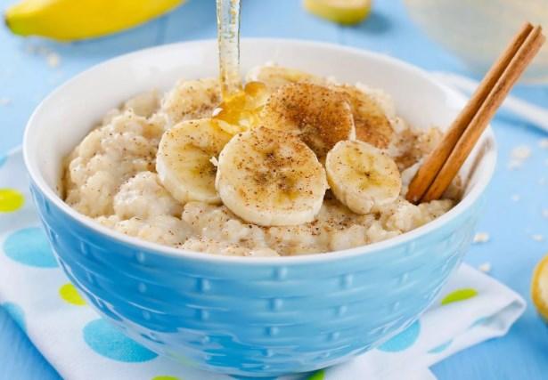 овсянка с бананом на завтрак