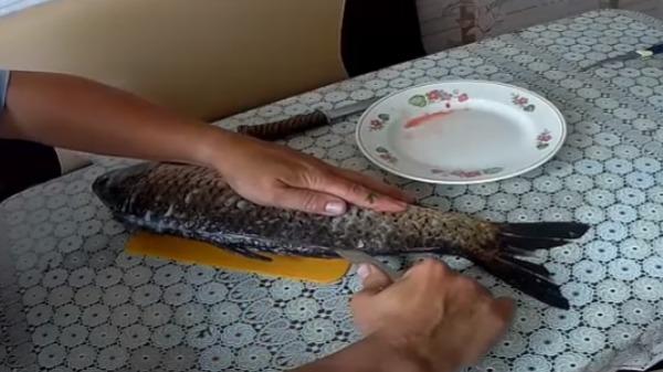Сазан в духовке в рукаве