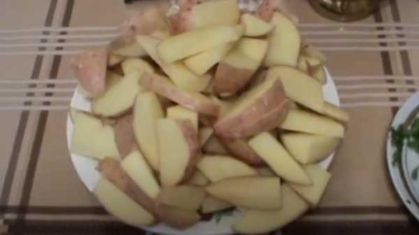 Скумбрия в рукаве с картошкой в духовке