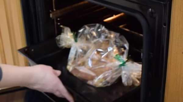 Бедро индейки в духовке в рукаве