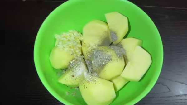 Гусь в духовке с картошкой в фольге