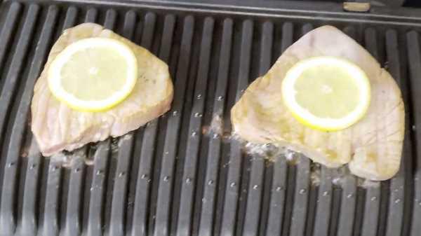 Как замариновать тунца