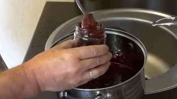 Как и сколько варить варенье из черники