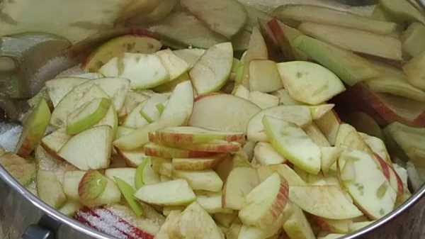 Как и сколько варить варенье из яблок